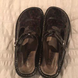 GUC Alegria shoes